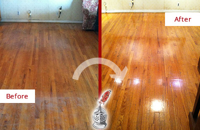 Before and After Picture of a Middletown Wood Deep Cleaning Service on a Stained Floor