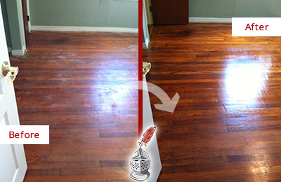 Before and After Picture of a Middletown Wood Deep Cleaning Service on a Dull Floor to Remove Stains